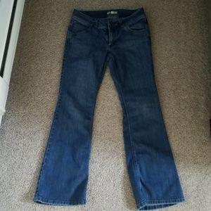 Cabi Jean's size 6